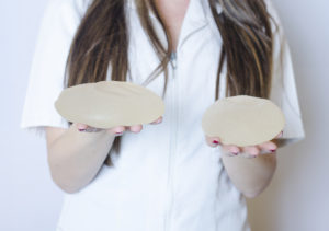 Brystimplantater